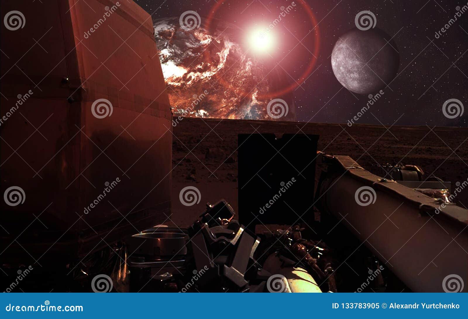 Lander de Marte de la penetración de la misión cerca del planeta y de la luna rojos con la llamarada de la lente Los elementos de