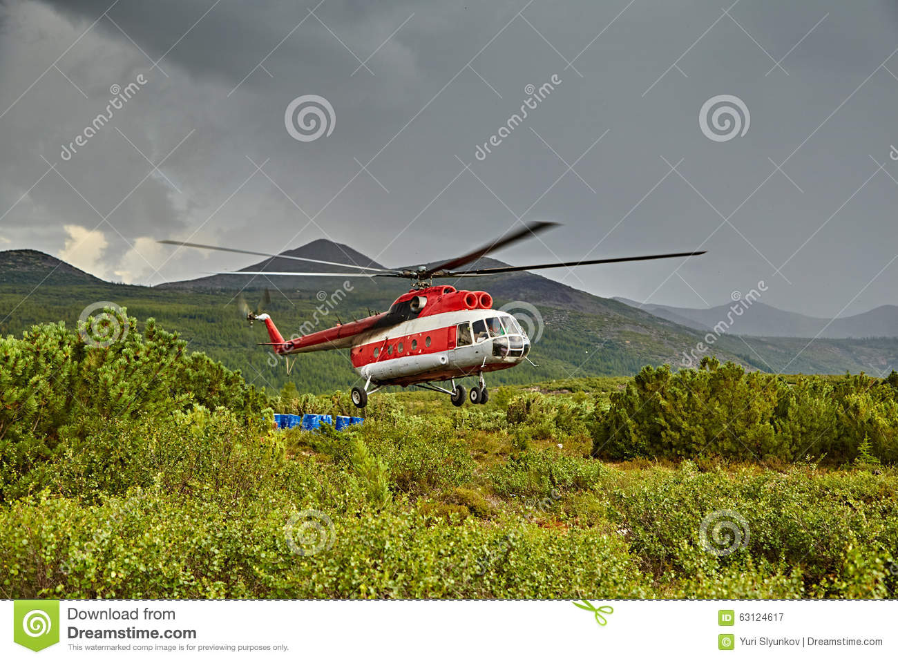 Landing of the helicopter to island Vera - Jack London s lake
