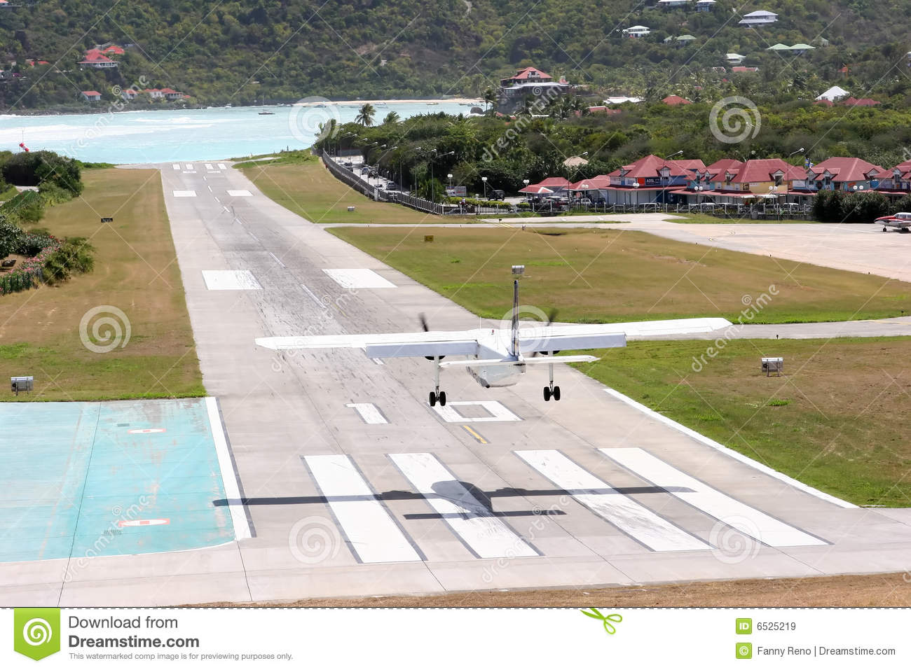 Landing at St. Barth airport