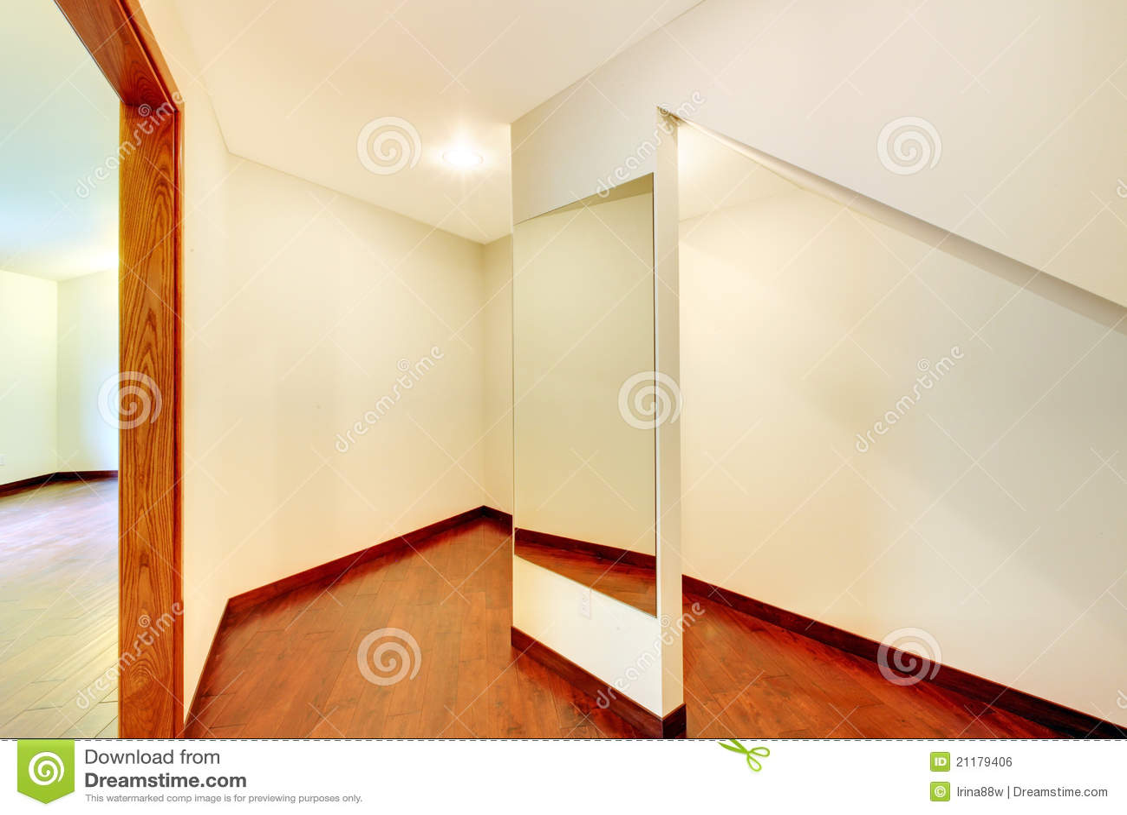 Landry room with maple custom build cabinets