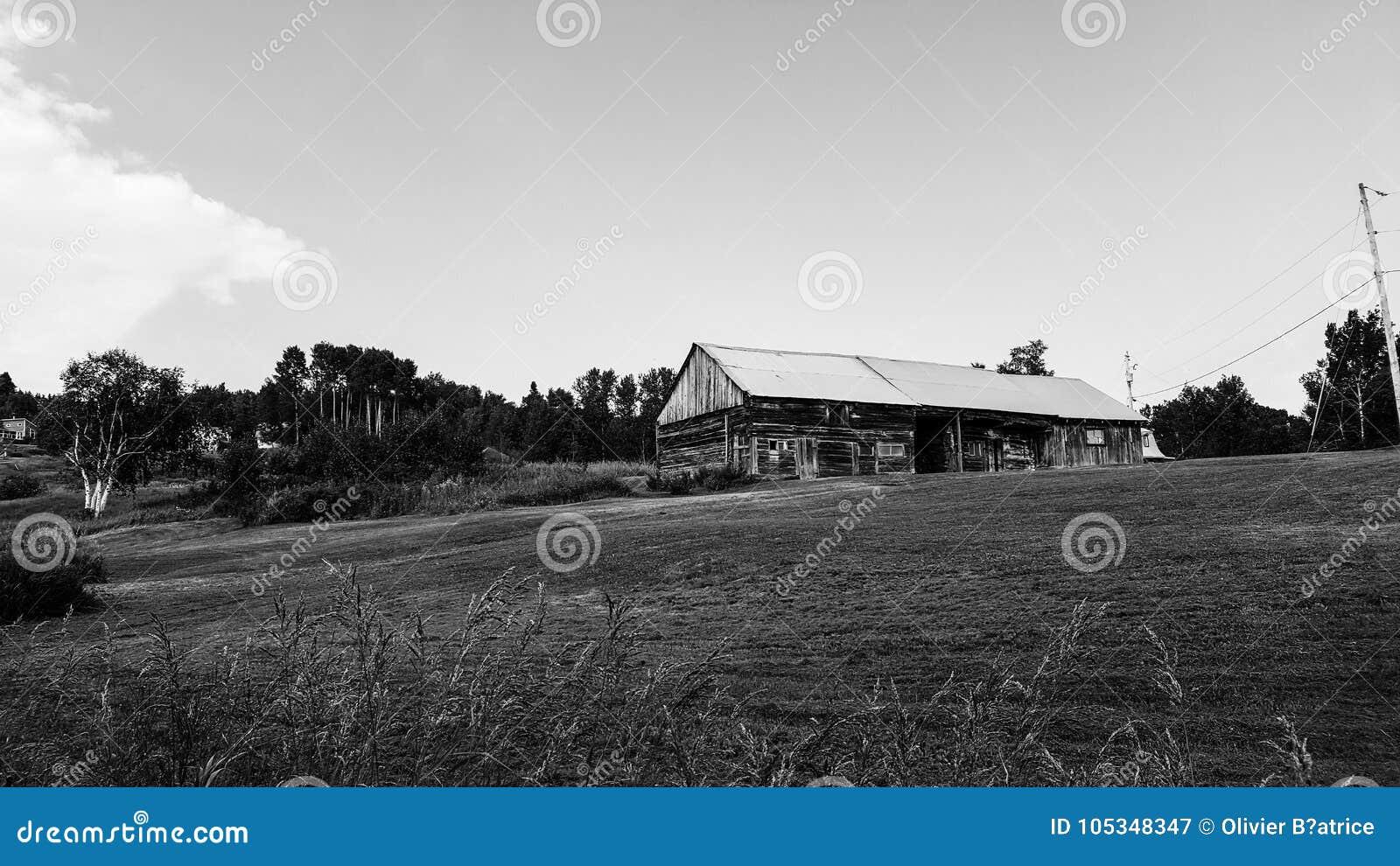 Landscape, farm house quebec