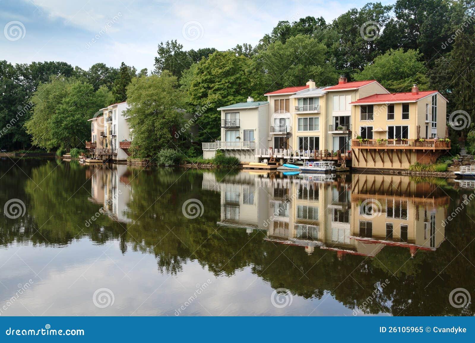 Landscape: Lakeside Living In Reston Virginia