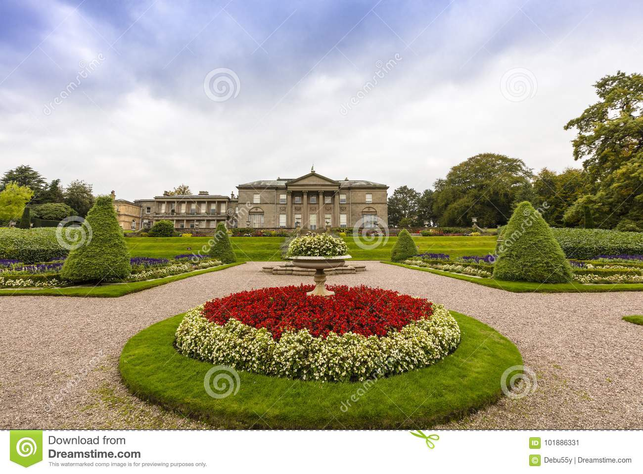 Landscaped Gardens In Tatton Park. Stock Image - Image of ...