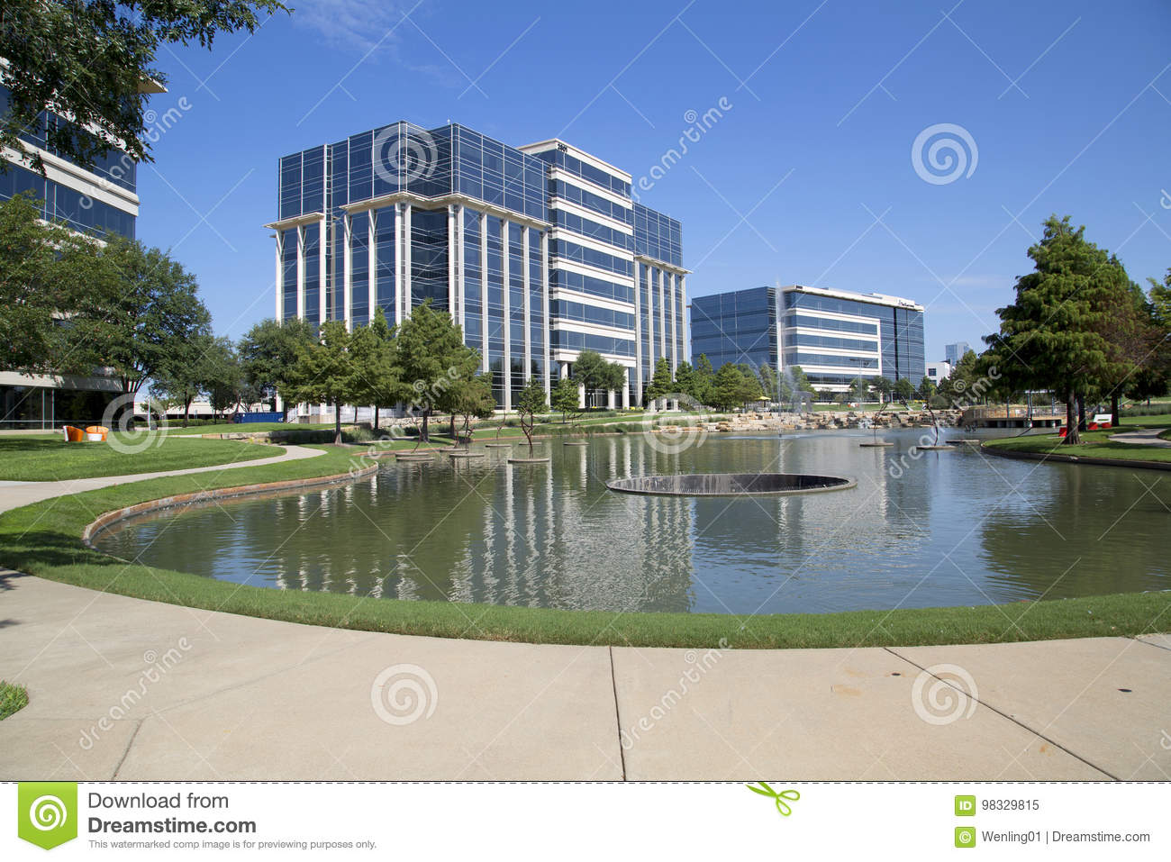 Landscapes Design And Office Buildings In Hall Park Frisco Editorial