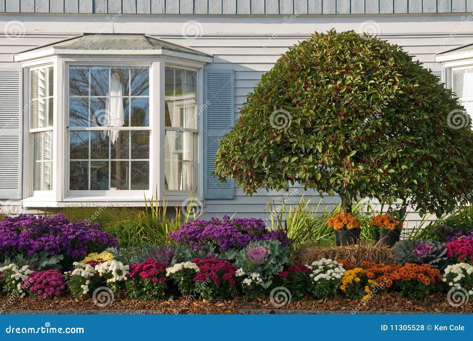 Landscaping Near Bay Window Stock Photo - Image of ... - photo#49