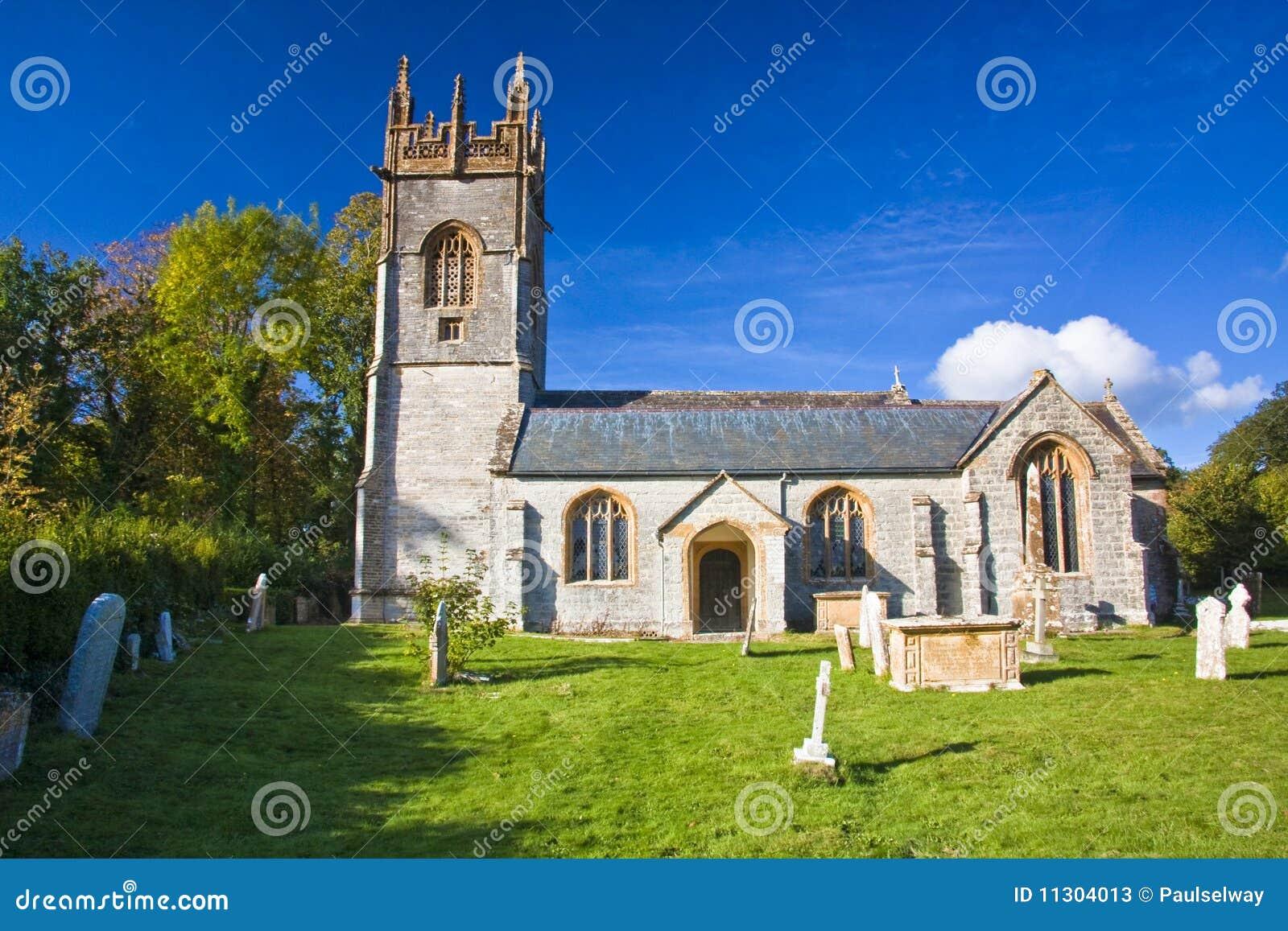 Landschaft der kleinen Kirche