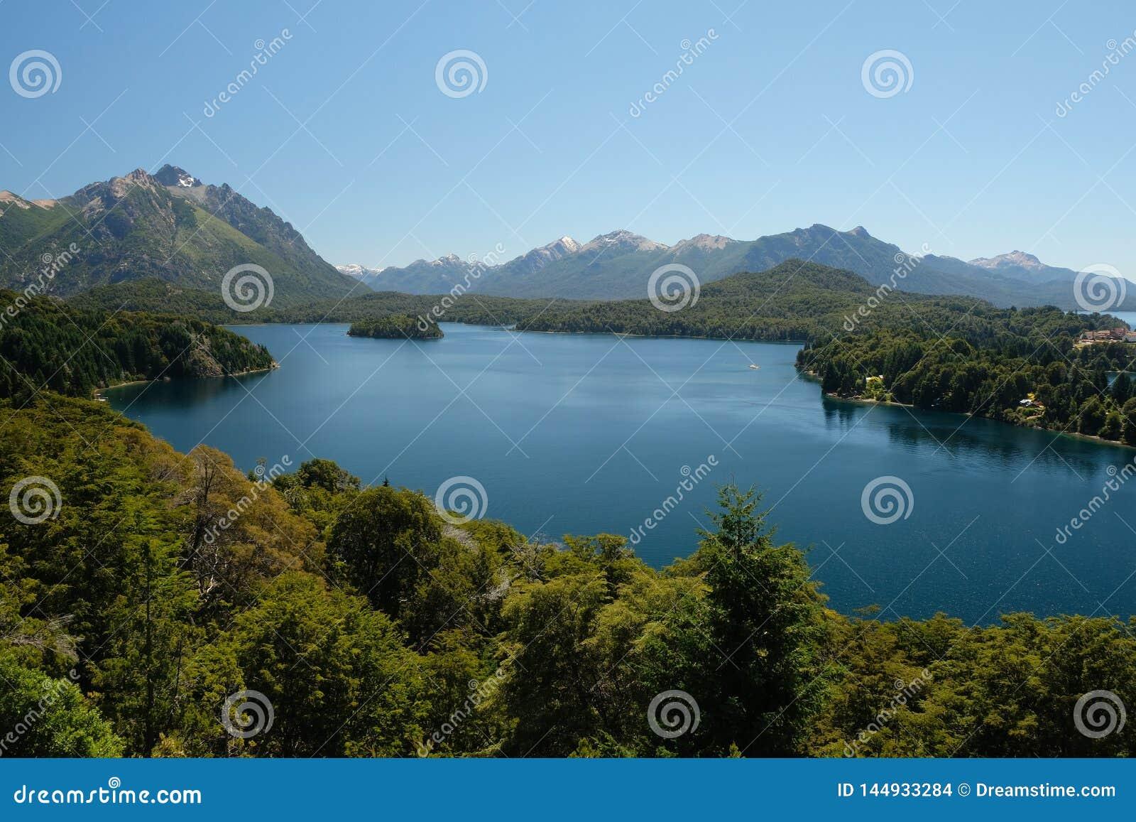 Landschaft des sieben See-Bezirkes, Patagonia, Argentinien