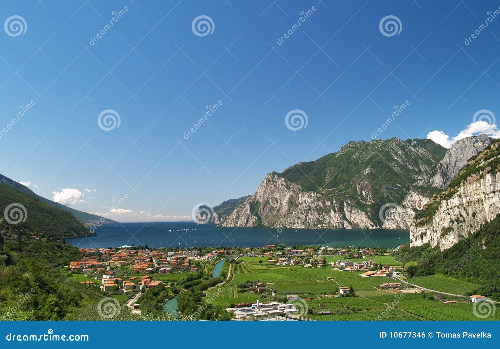 Landschaft von See Garda
