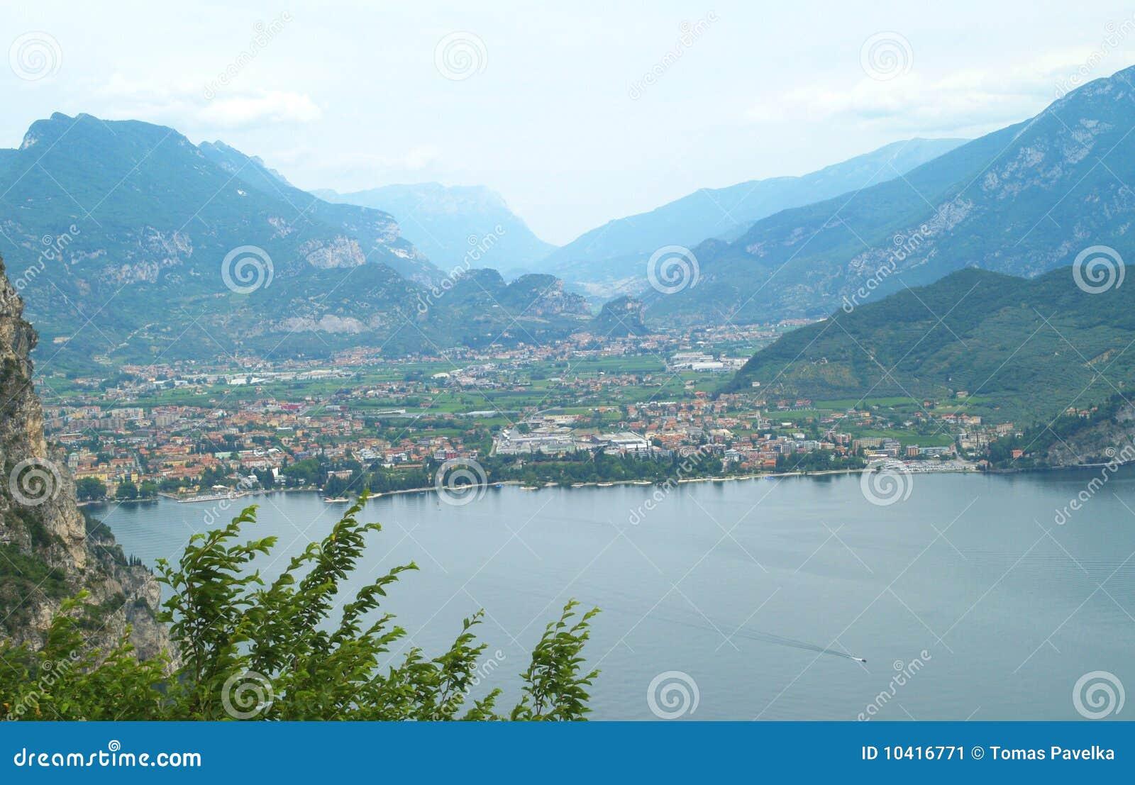 Landschaft von See Garda, Italien