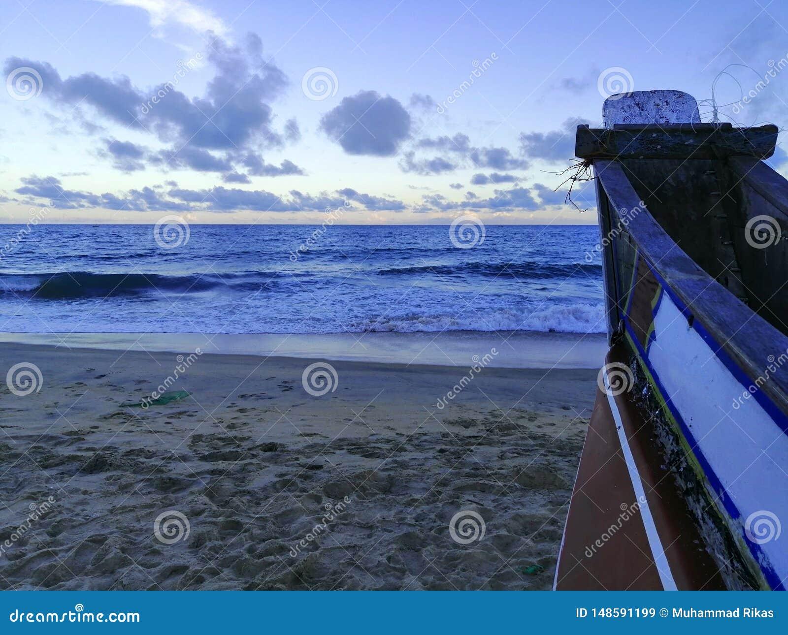 Landskapet av sikten av strandsidan