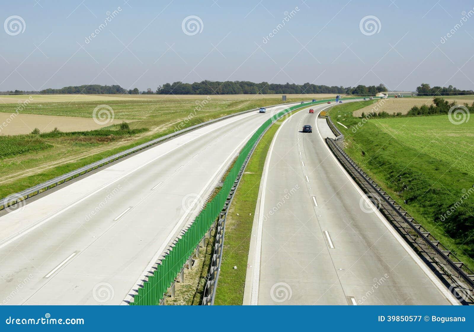 Landstraßenverkehr