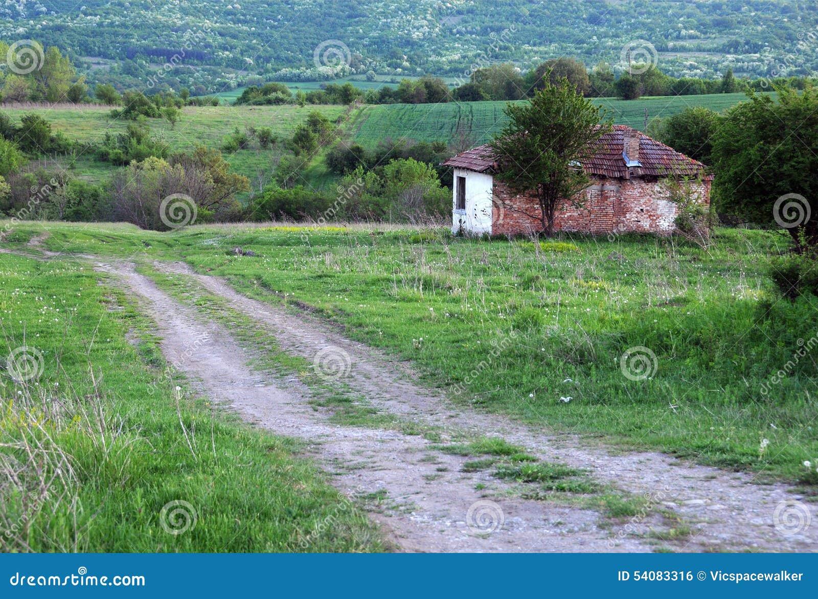 Landweg en Verlaten Huis
