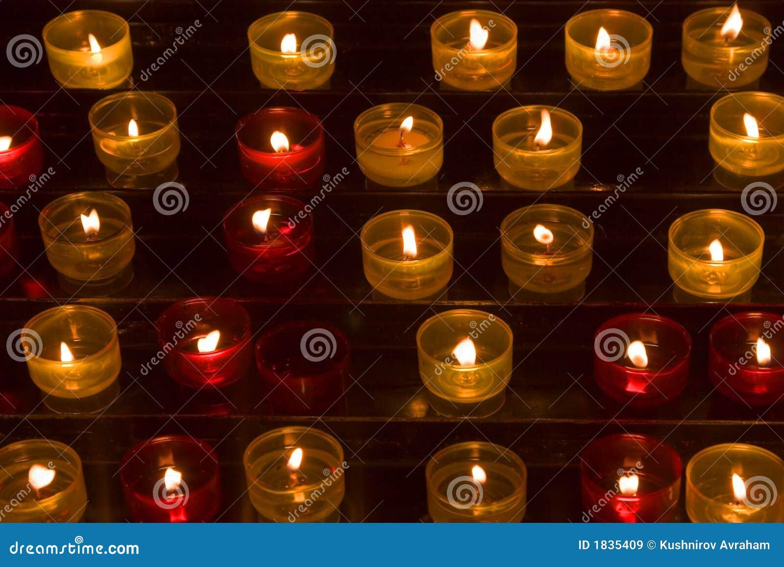 Lange aantallen kaarsen