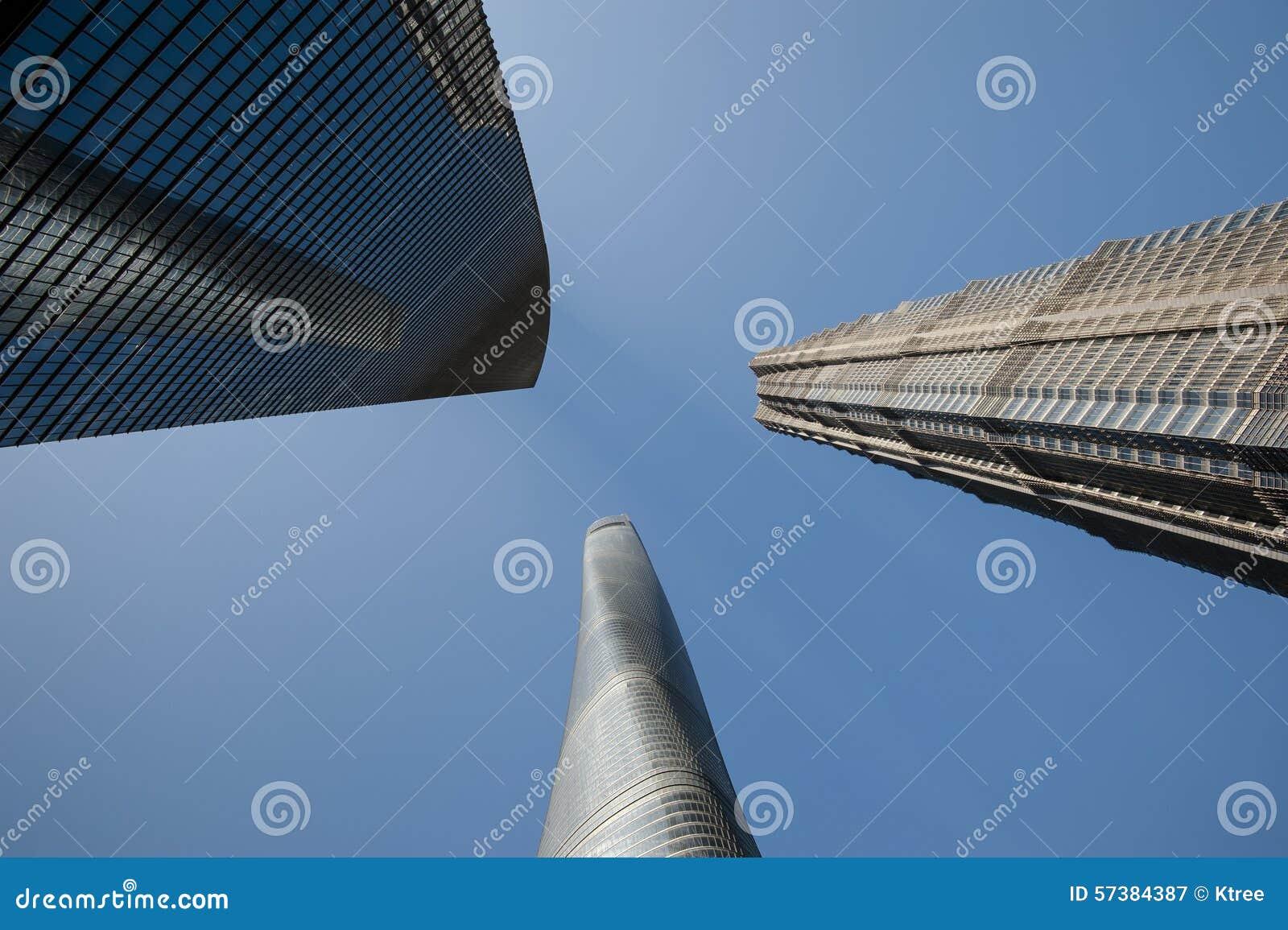 3 lange Gebouwen in Shanghai, met inbegrip van het Derde Langste Gebouw in de Wereld