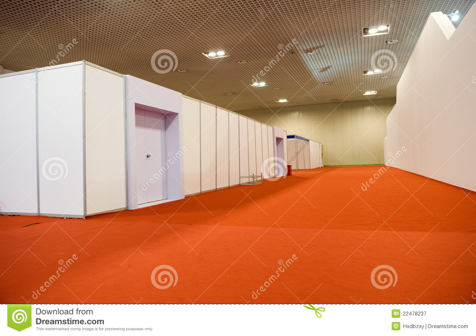 Fußbodenbelag Im Flur ~ Langer flur stockbild bild von fußboden bodenbelag