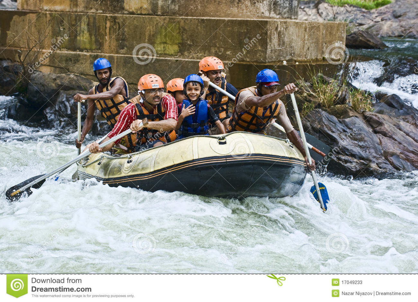 Lanka сплавляя белизну воды sri