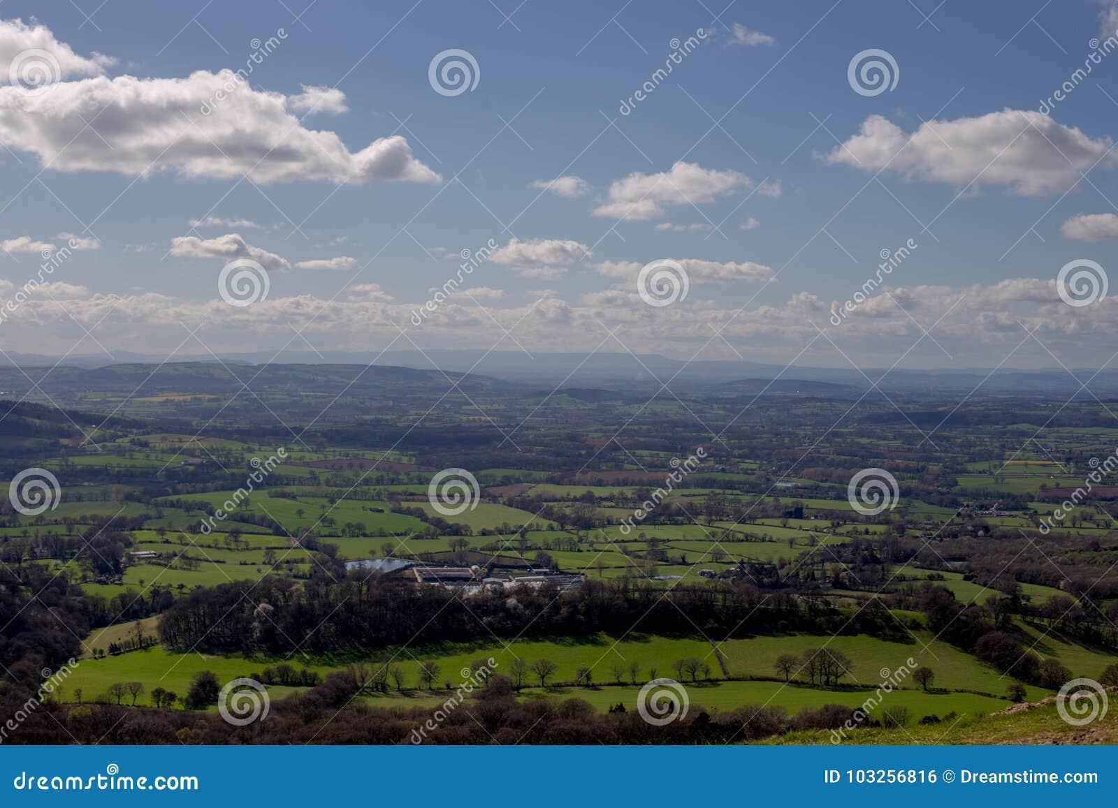 Lanscape nuageux BRITANNIQUE