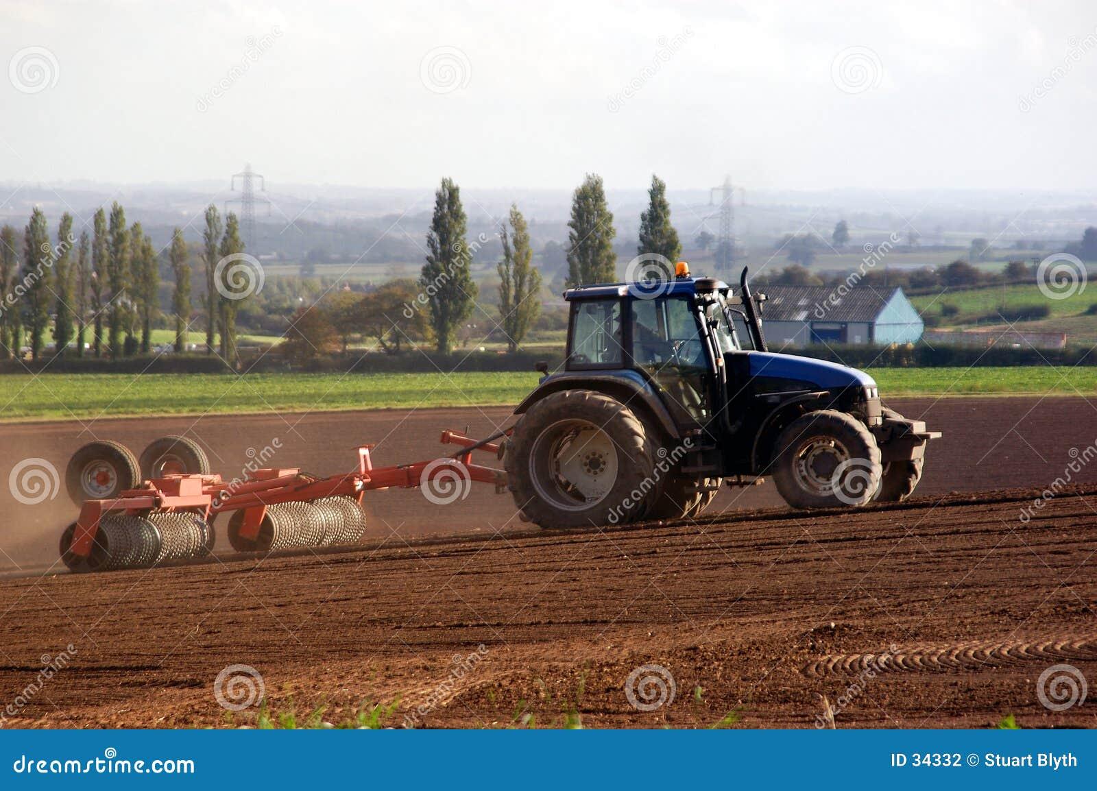 Lantbruktraktor