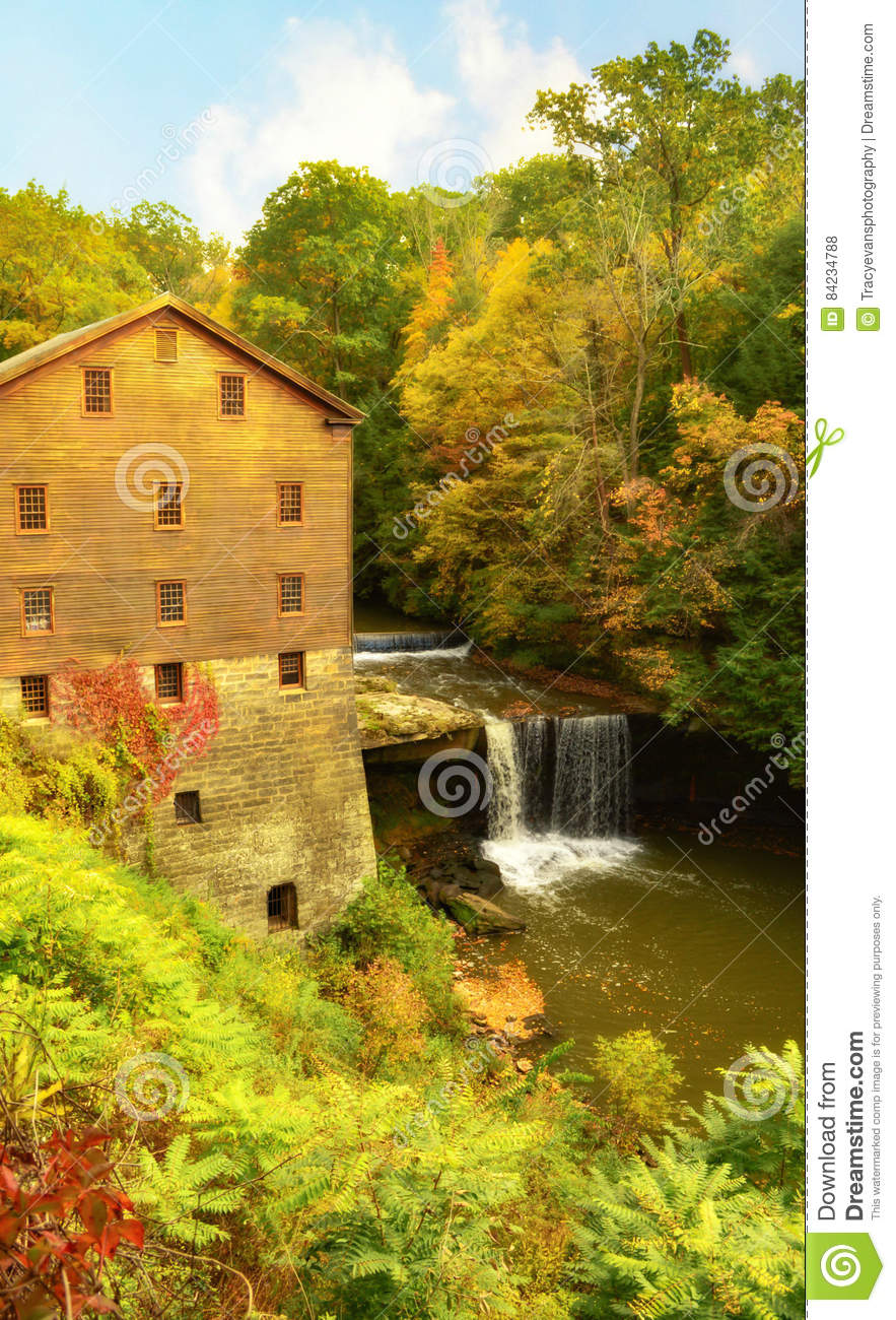 Lantermans Mill Youngstown Ohio During Autumn