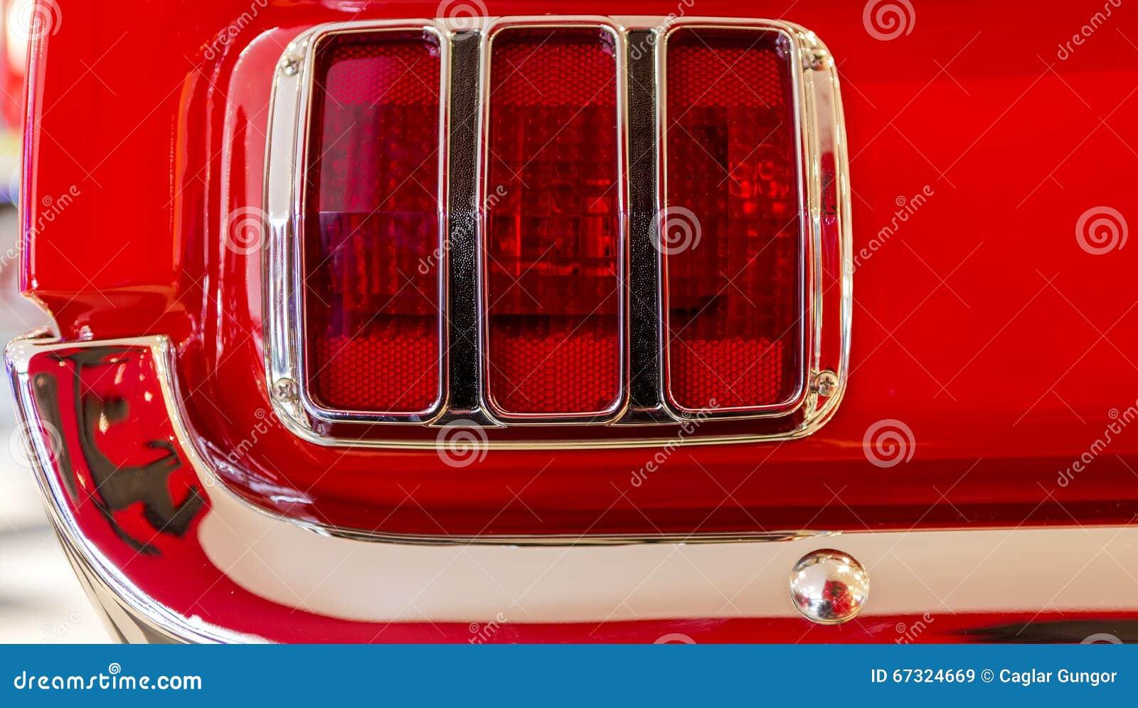 Lanterna traseira de Ford Mustang