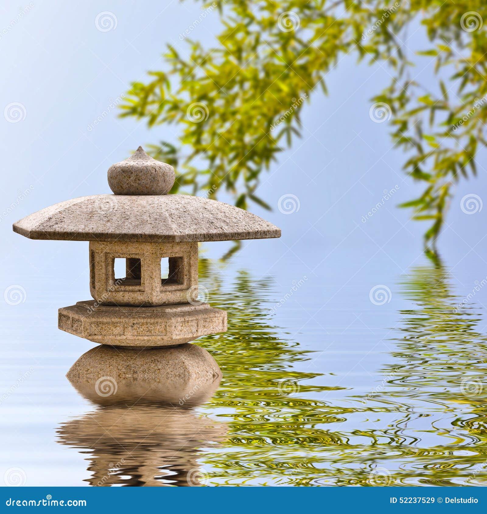 lanterne en pierre japonaise image stock image du esprit m ditation 52237529. Black Bedroom Furniture Sets. Home Design Ideas