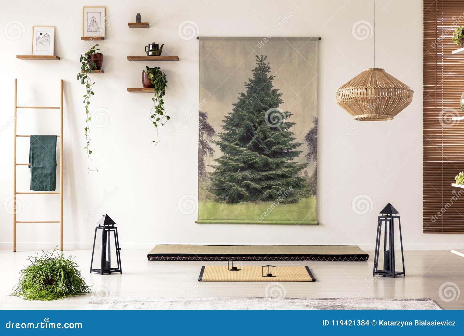 Deco Avec Une Echelle En Bois lanternes noires, échelle en bois, tapis de tatami et