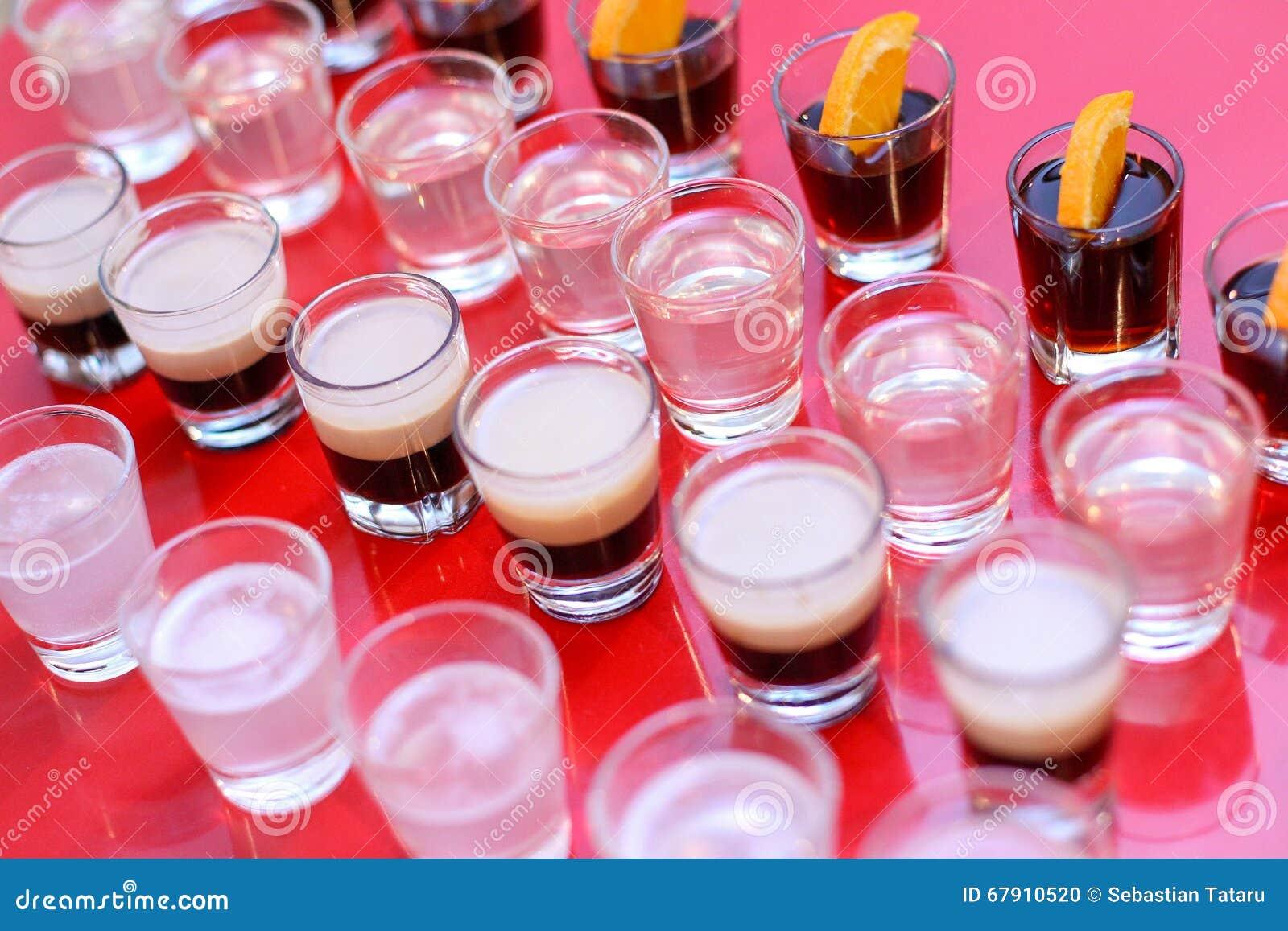 Lanzamientos del alcohol