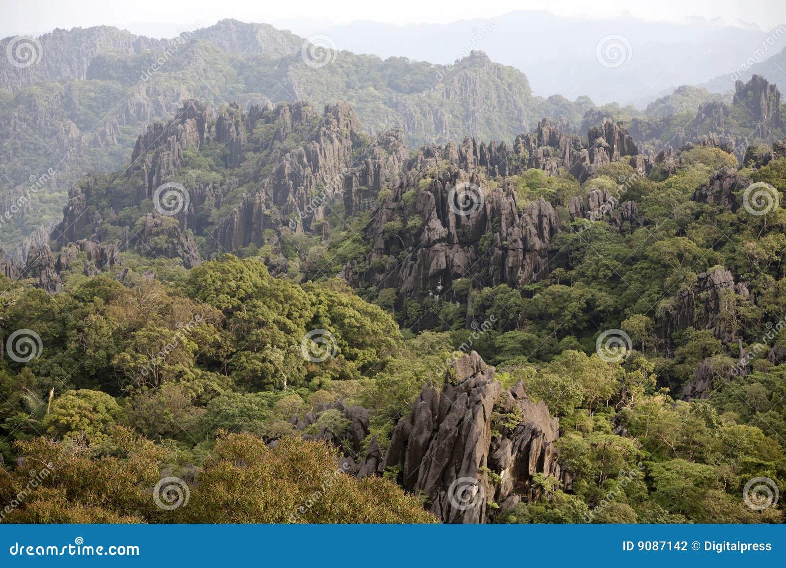 Laos, Landschaft in den Bergen