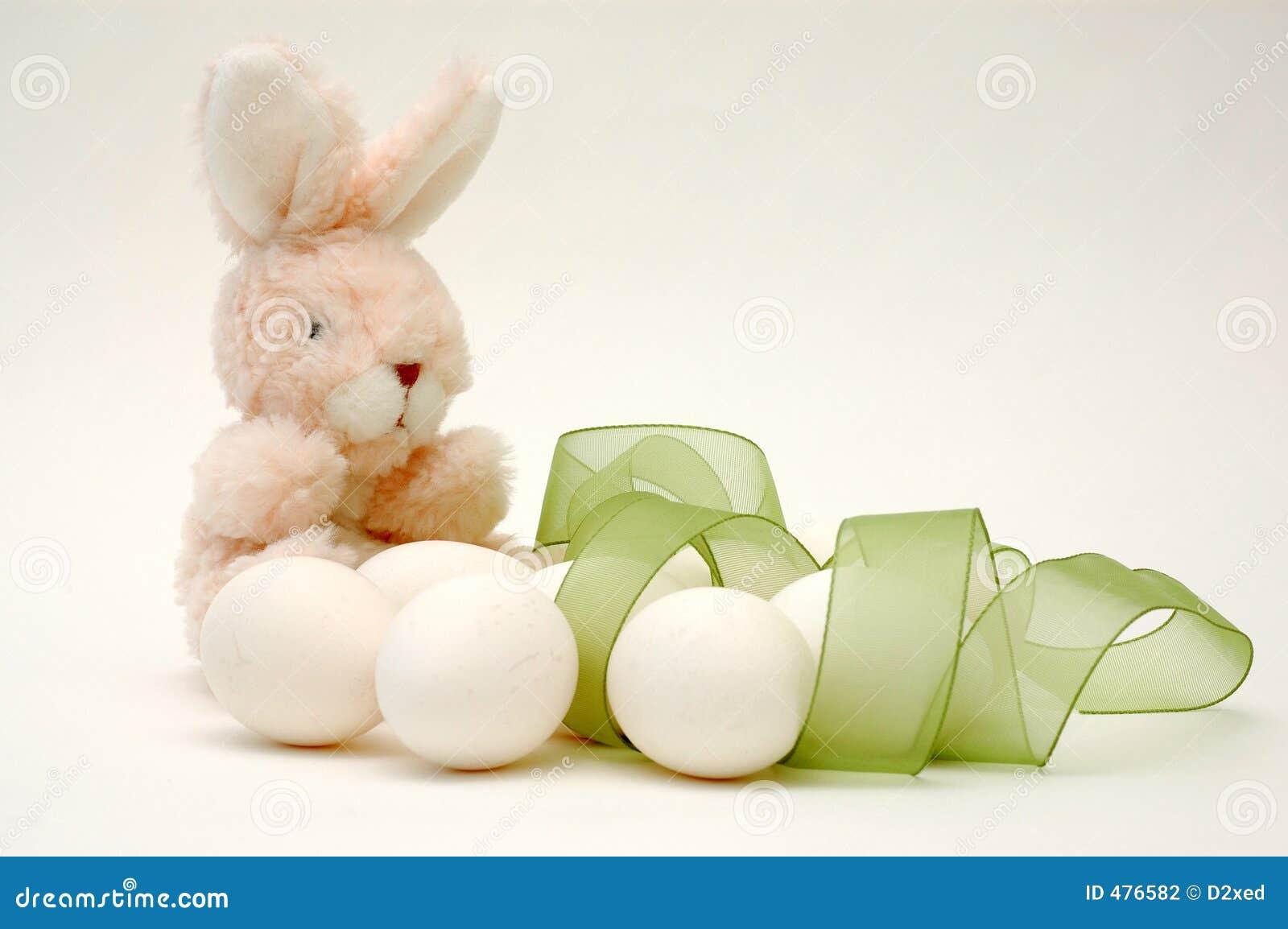 Lapin et oeufs de Pâques
