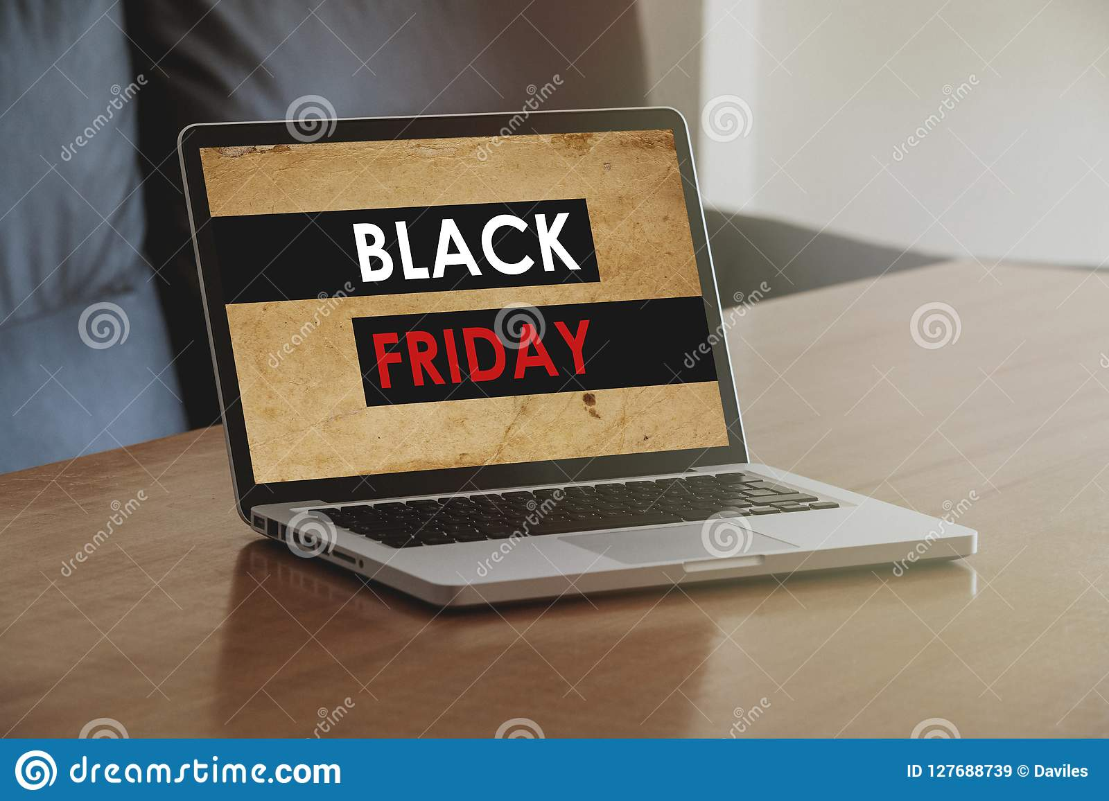 buy online 9d87d e8eef Laptop With Black Friday Shopping Website In The Screen, On ...