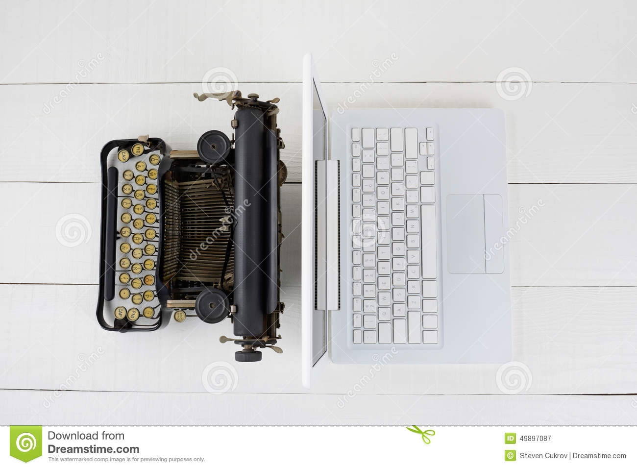 typewriter vs computer There is no cylindrical platen as on typebar typewriters the paper is hit against the shuttle by a hammer the the standard price for a typewriter was $100 -- several times the value of a good personal computer today, when we adjust for inflation there.