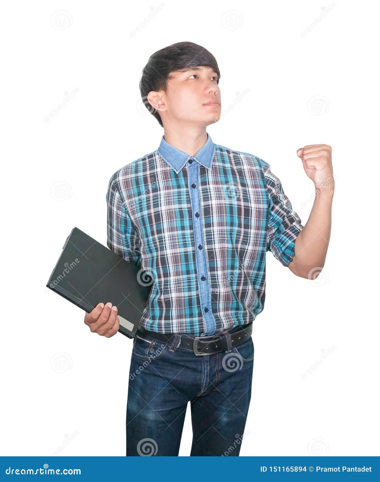 Laptop van de zakenman zekere jonge gebruikende computer en opgeheven hand op witte achtergrond