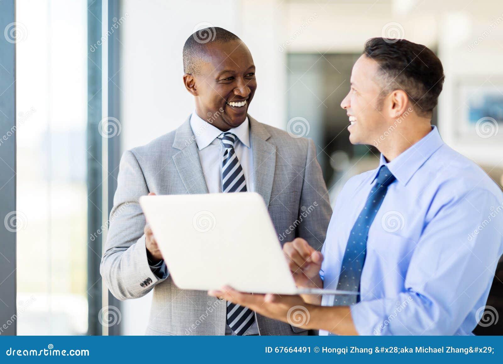 Laptopa do interesów osób