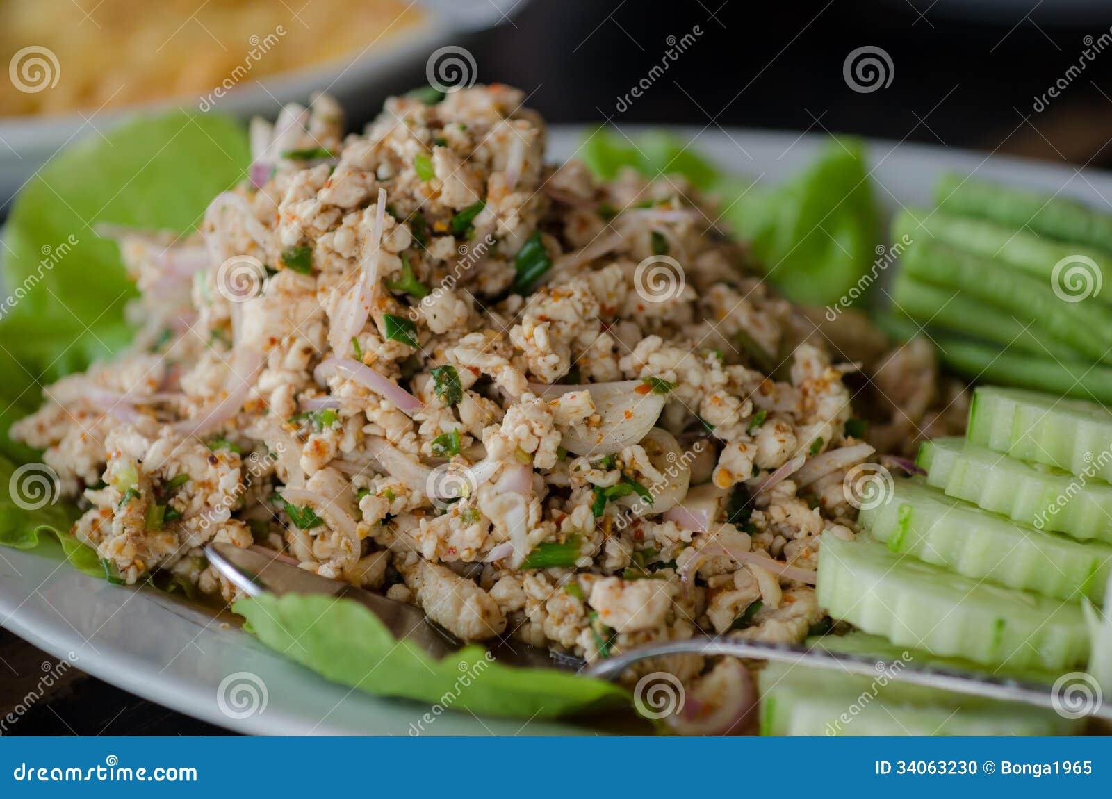 Larb Gai, kryddig höna