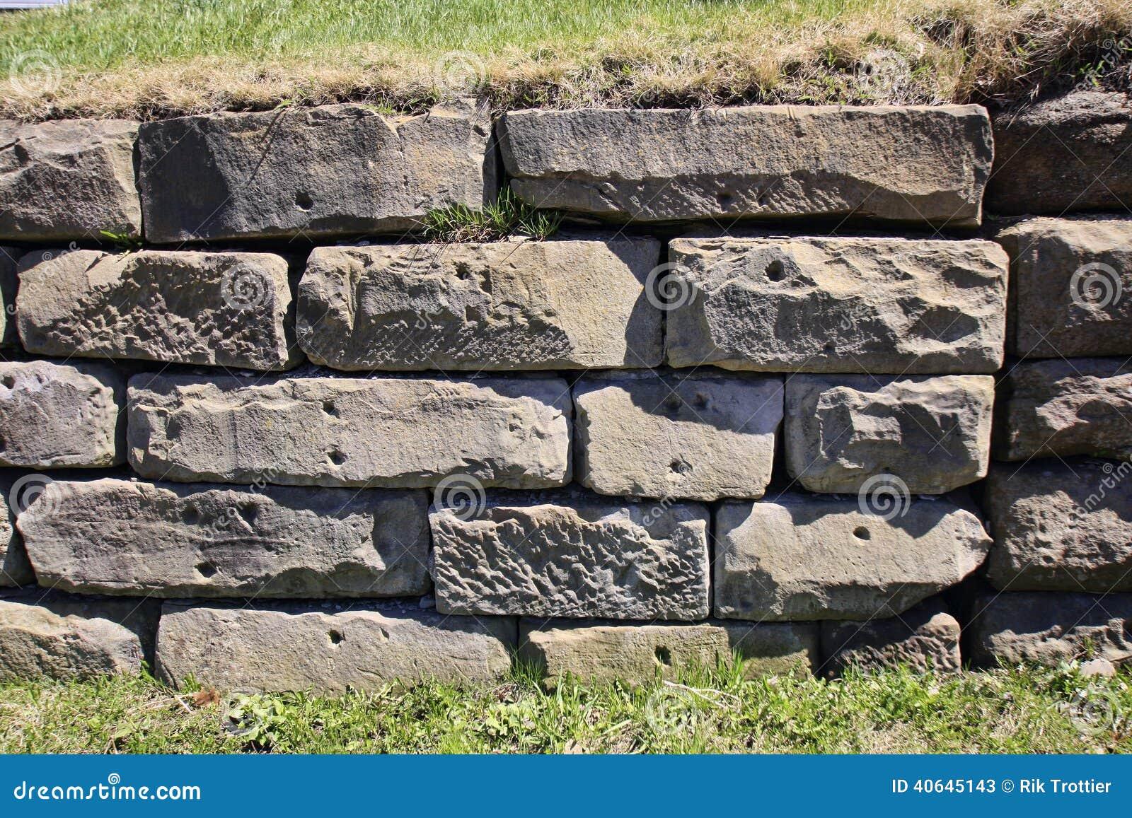 Large Block Retaining Wall Stock Photo - Image: 40645143