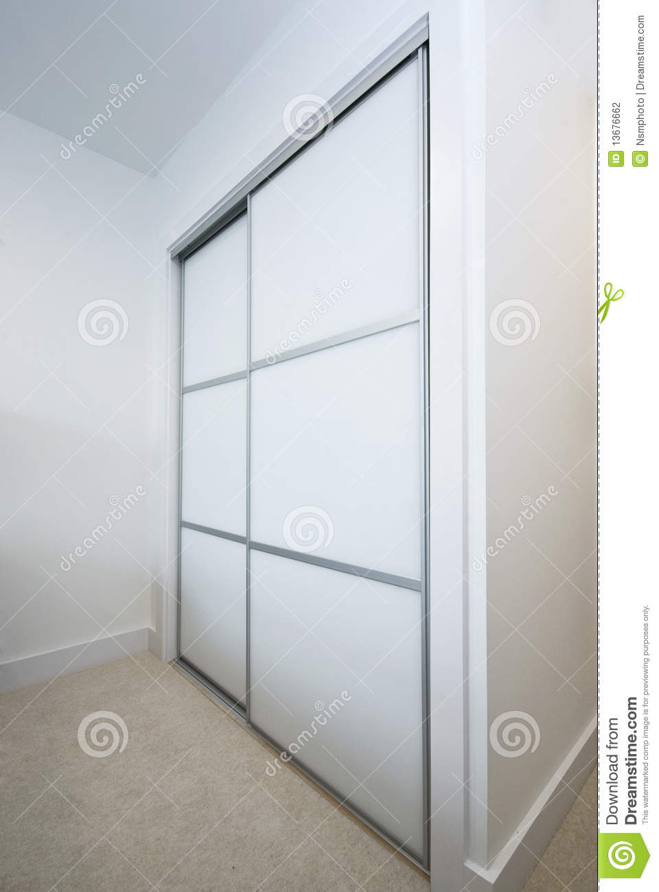 large built in wardrobe - Built In Wardrobe