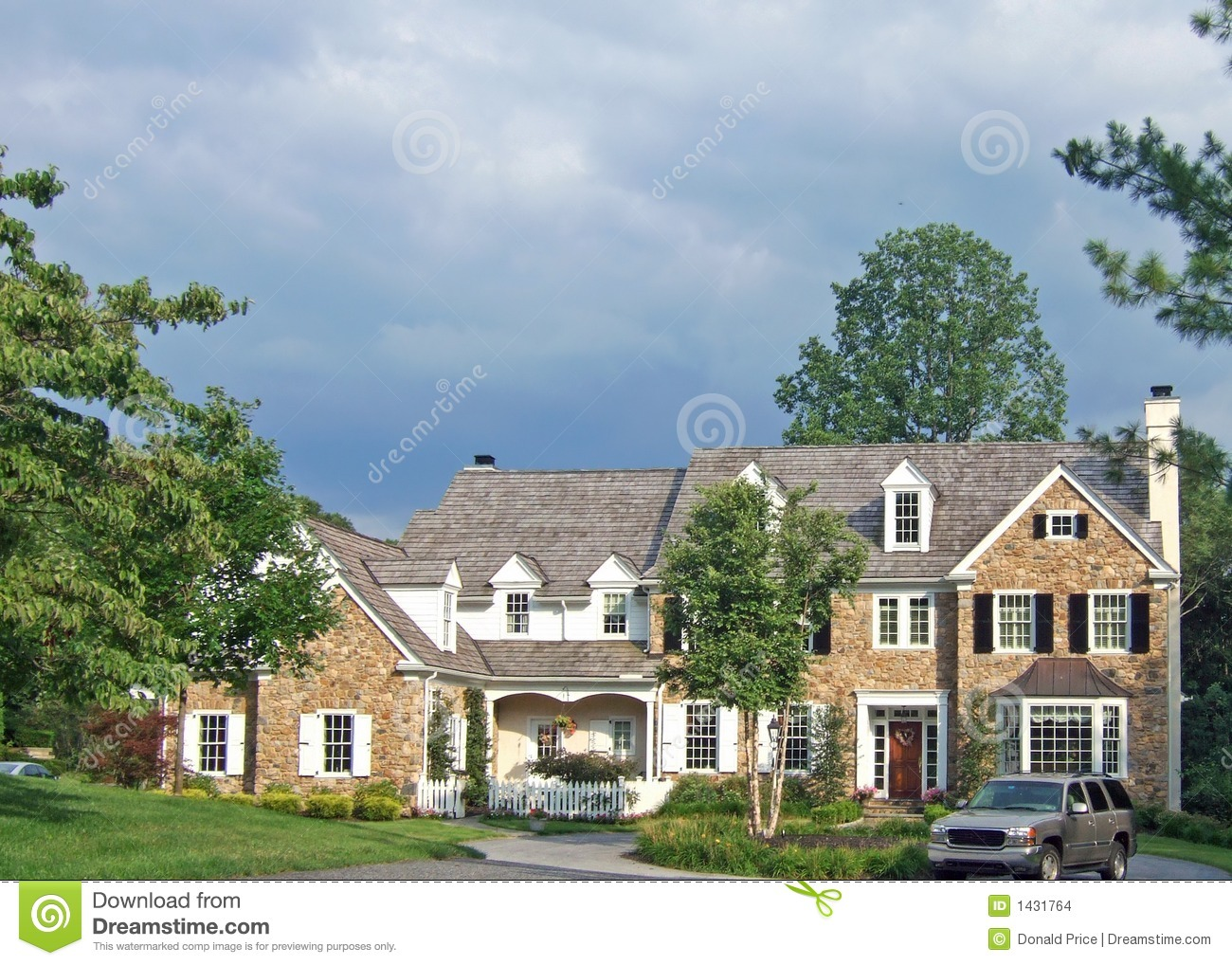 Large Colonial House Stock Images Image 1431764