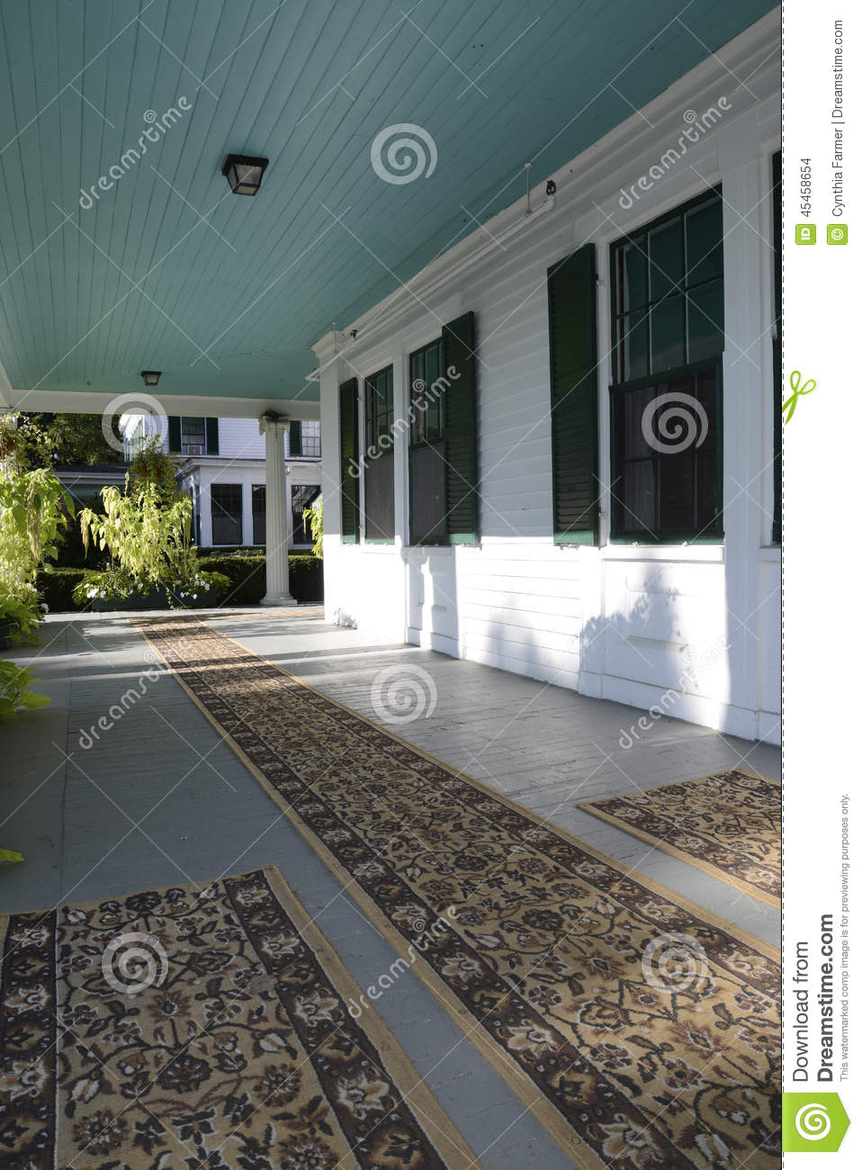 Covered front porch craftsman style home royalty free stock image - Royalty Free Stock Photo Covered Floor Front