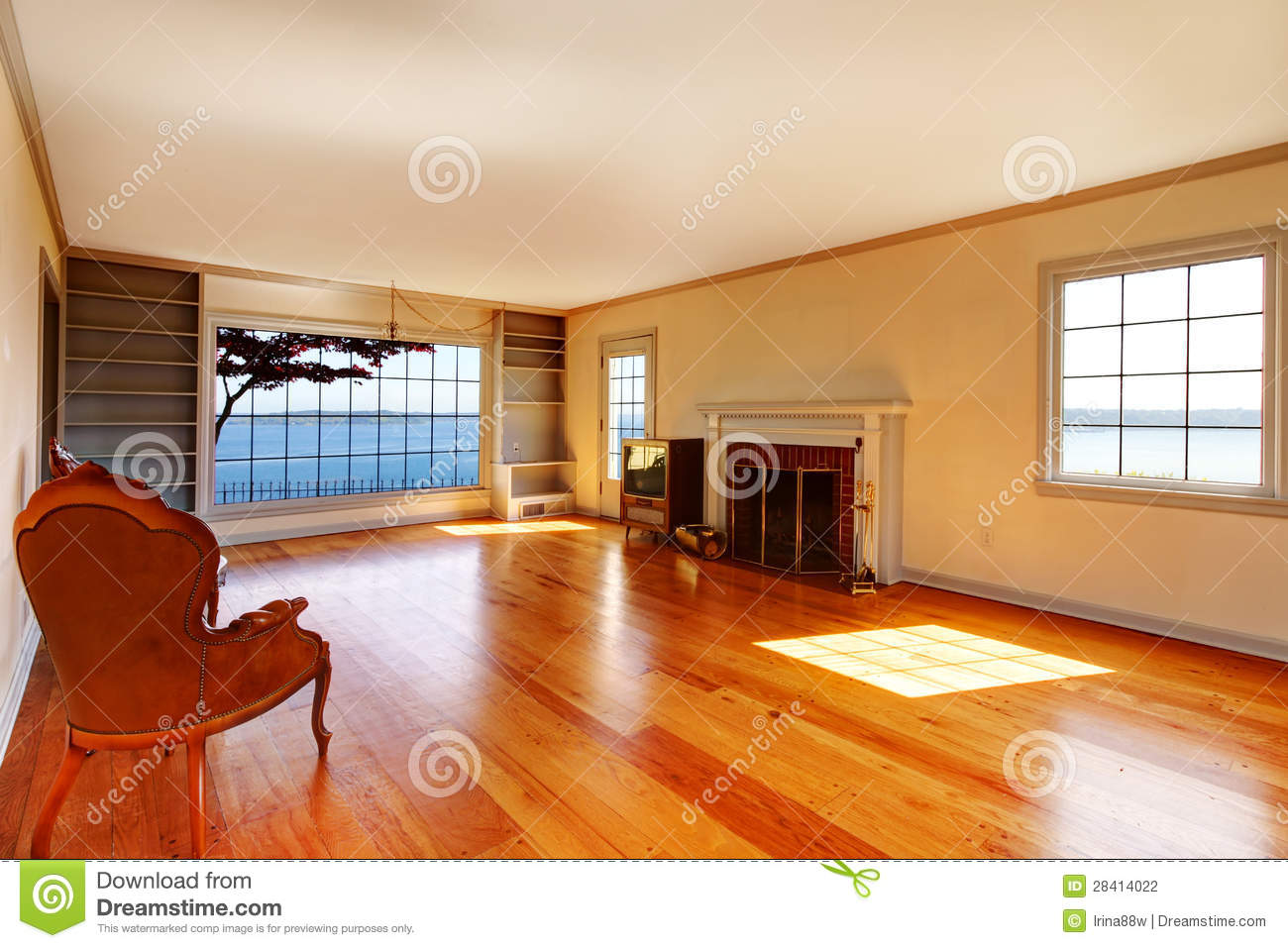 Large Empty Old Living Room Interior With Fireplace Stock