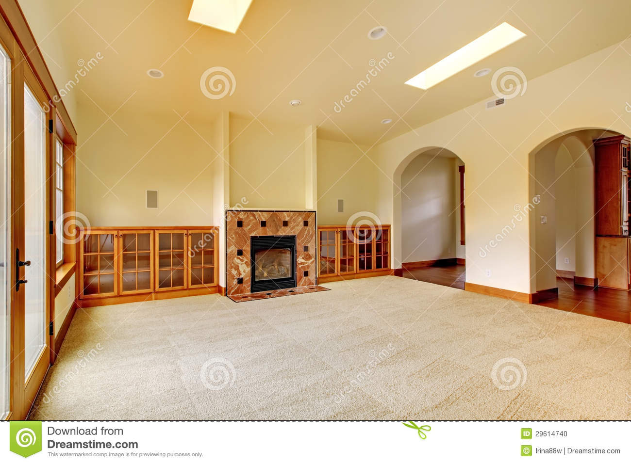 Large Empty Room With Fireplace And Shelves New Luxury