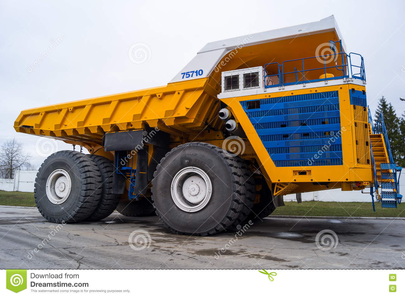 Background belarus belaz dump industrial large mining truck