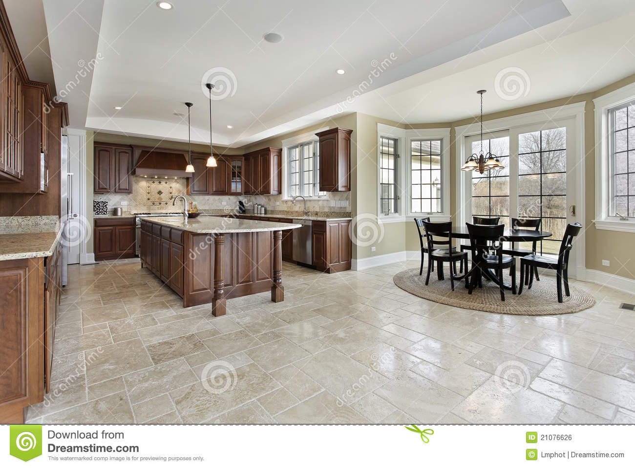 Large Kitchen With Eating Area Royalty Free Stock Image