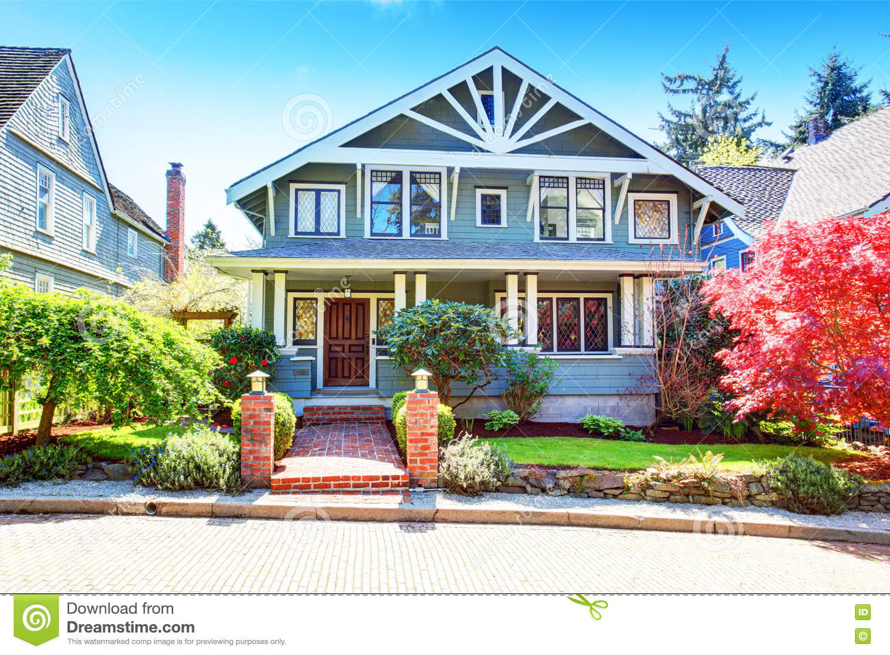 Covered front porch craftsman style home royalty free stock image - Large Luxury Blue Craftsman Classic American House Exterior Royalty Free Stock Image
