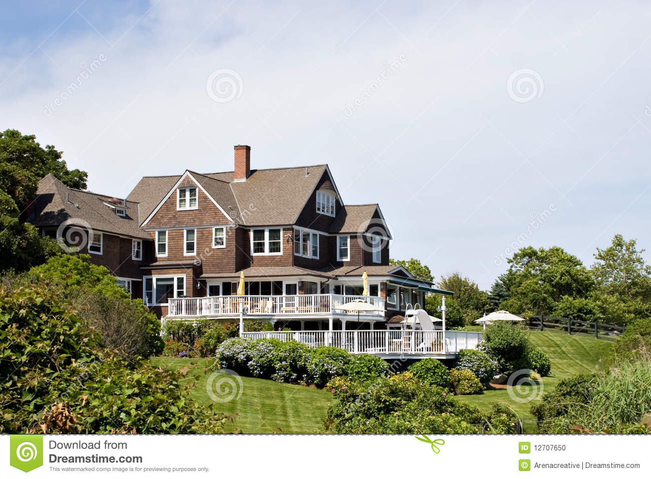 Large luxury home stock photo image 12707650 for Large luxury homes