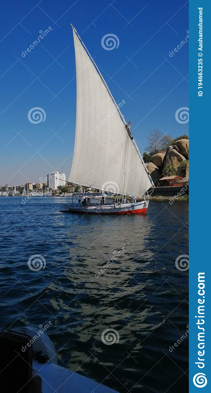Large Luxury Traditional Egyptian River Cruise Boat ...
