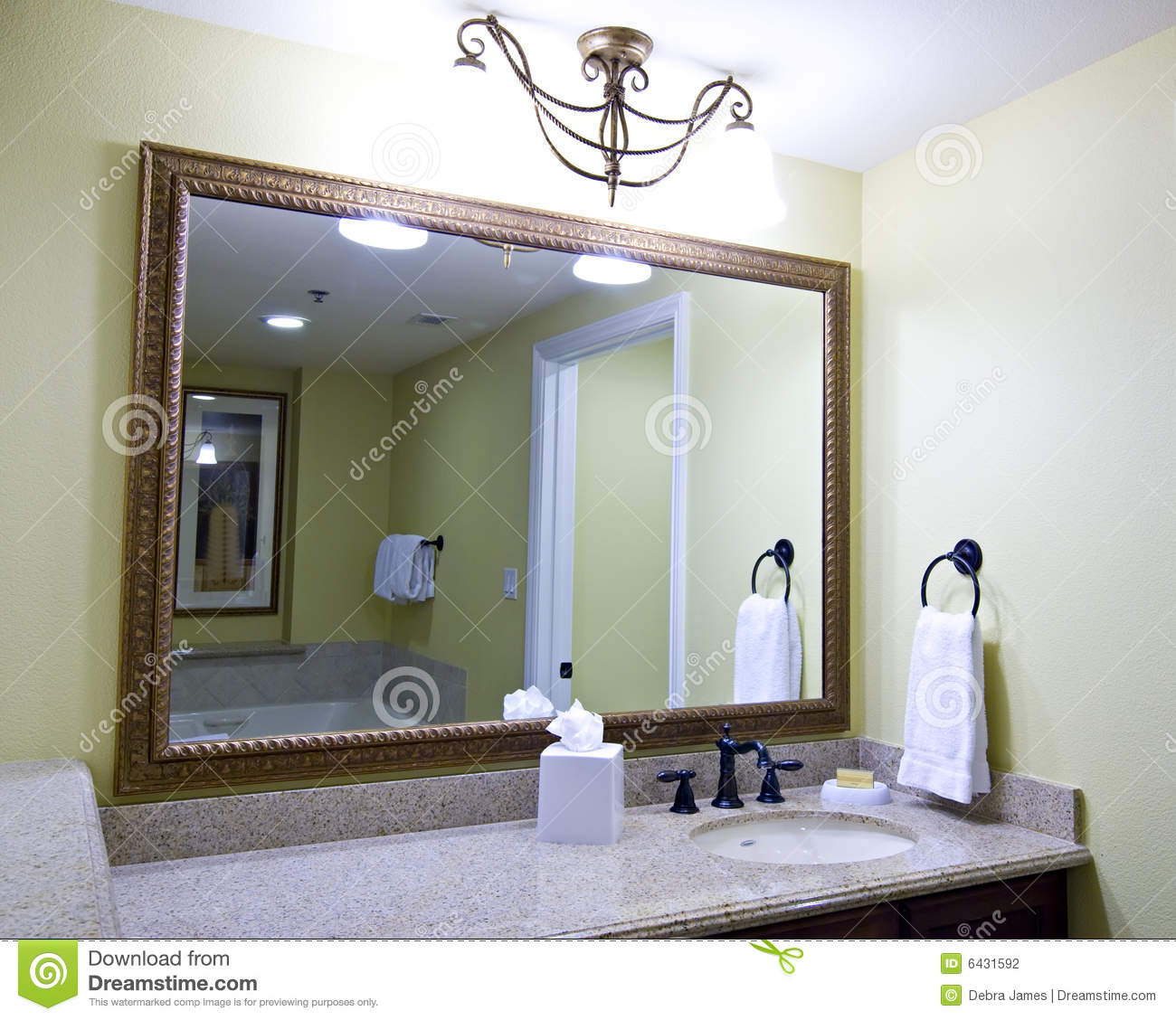 Large Mirror Above Sink Stock Photography