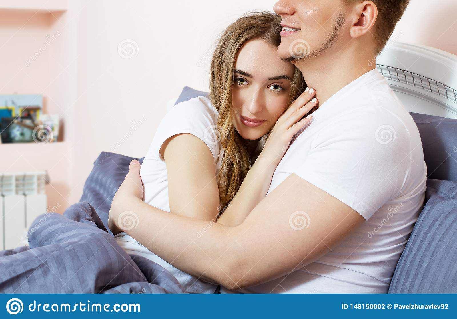 4 085 Lovely Couple Bed Photos Free Royalty Stock From Dreamstime