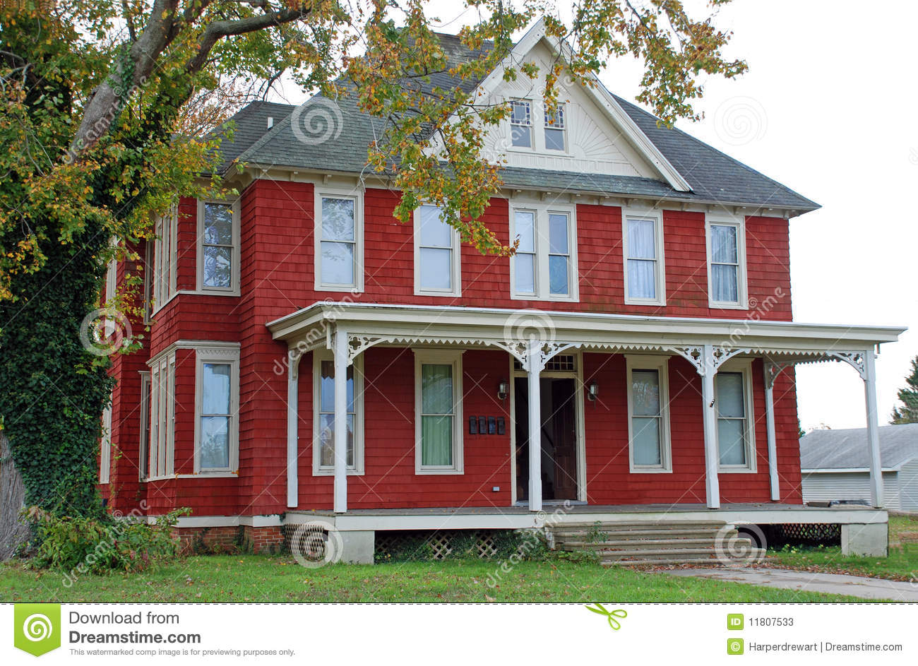 Large red folk victorian 18 stock image image 11807533 for Folk victorian house plans