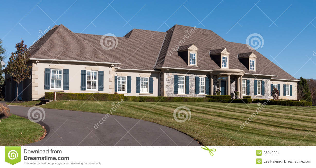 Large sprawling bungalow stock images image 35840384 for Large luxury homes