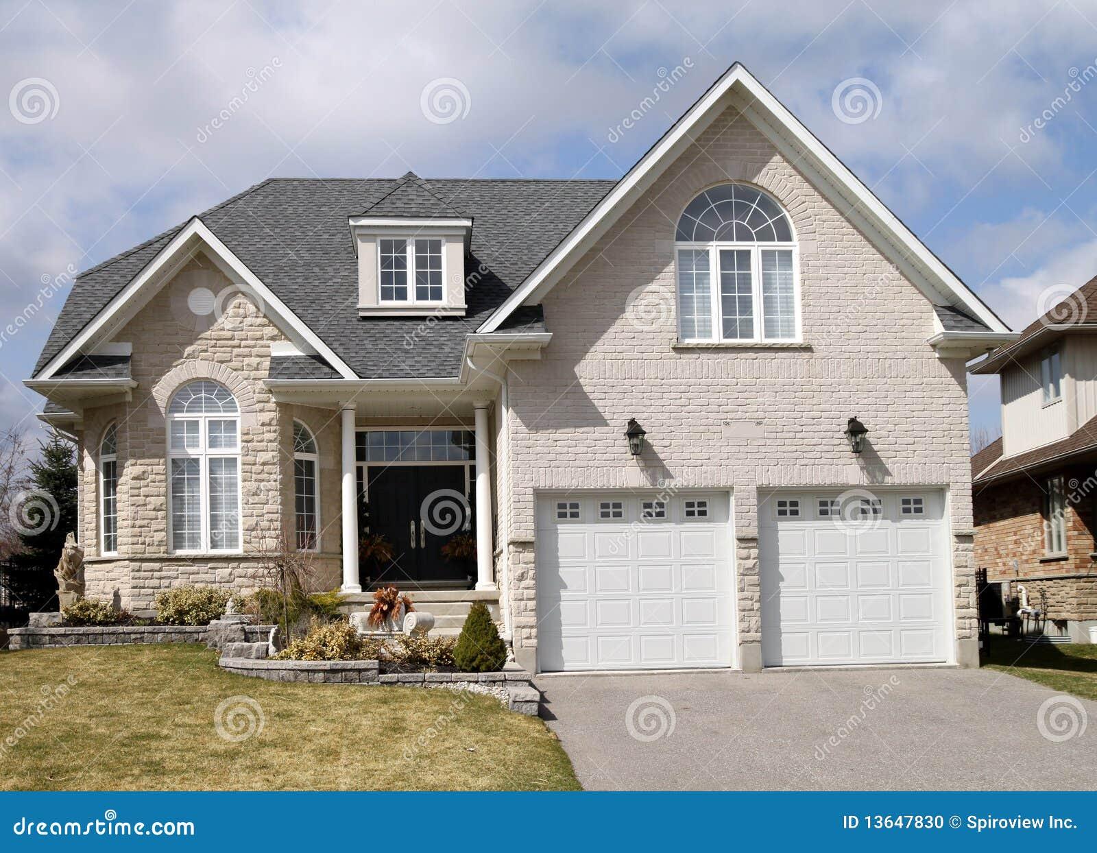 Garage door repair clipart - Large Suburban House Stock Photo Image 13647830